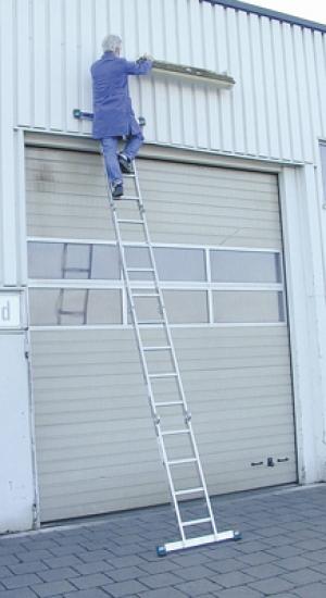 Лестница стремянка шарнирная STABILO 4х4 купить на выгодных условиях в Пензе